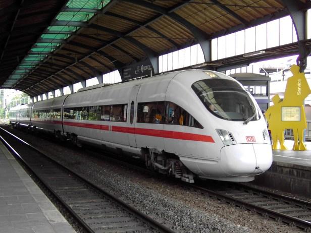 Avec les investissements, le chemin de fer est devenu plus robuste, puissant et moderne, a déclaré le directeur des infrastructures Ronald Pofalla dans son bilan annuel à Berlin.
