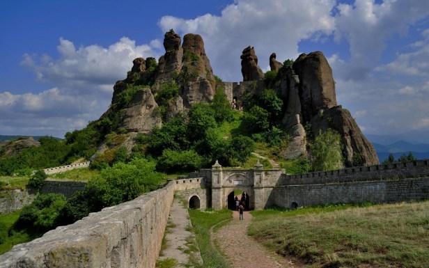 ws_Belogradchik_Rocks_Bulgaria_1920x1200