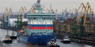 La Russie vante la voie maritime de l'Arctique après le blocage du canal de Suez