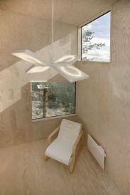 Swedish Treehotel-mirror_cube_interior_2