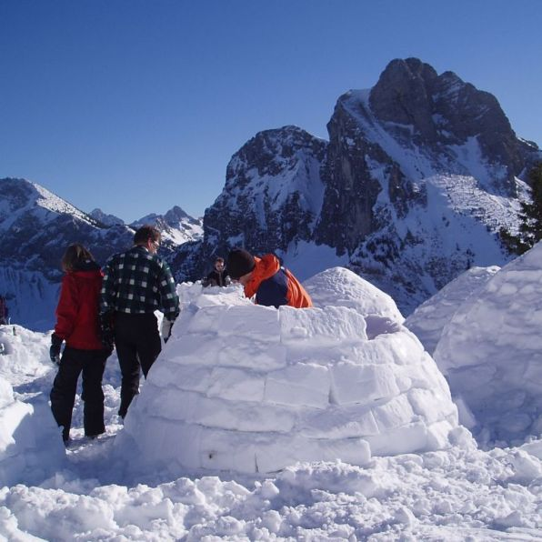 Germany-Höllschlucht-trekking snow2 - 1024 x 768
