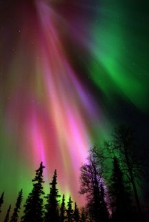 Kakslauttanen Northern_lights - 685 x 1024