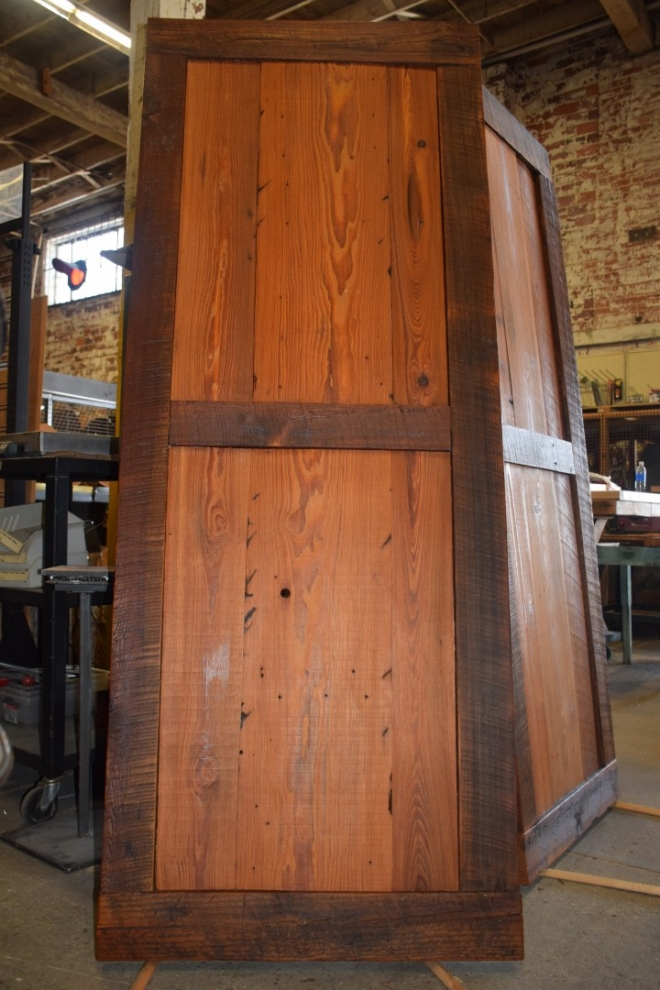 Architectural salvage, reclaimed building materials, antiques and custom wood shop in Jacksonville, Florida.