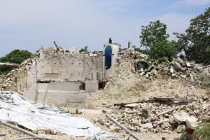 Earthquake-damaged church