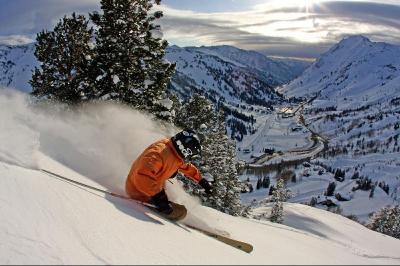 ski season disocunt deals