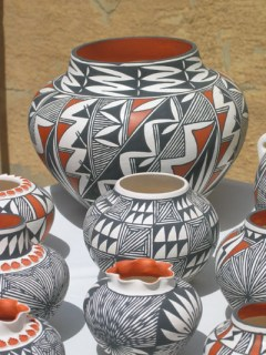 Acoma Pottery (C) Evelyn Kanter Photographer All rights reserved