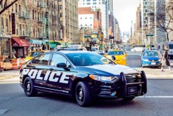 Pursuit-Rated Ford Hybrid Police Car Debuts