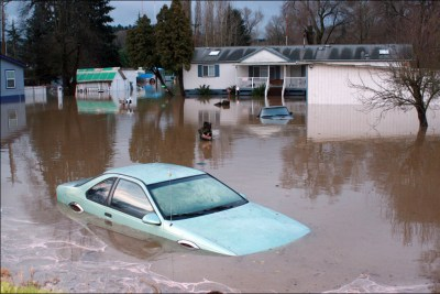 how to avoid buying a flood damaged car_ecoxplorer
