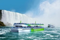 Niagara Falls Gets EV Sightseeing Boats