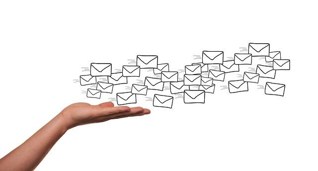 Un logiciel d'emailing pour construire une liste email