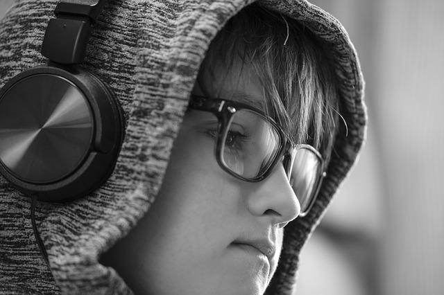 Le livre audio gagne le coeur des jeunes. Faites leur découvrir le vôtre