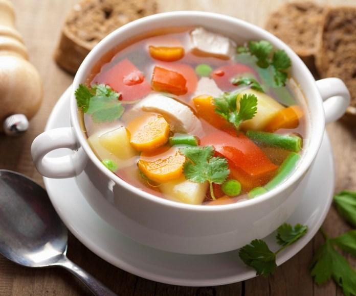 makanan yang mengenyangkan lebih lama untuk sahur saat puasa - sup sayuran