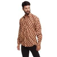 Baju batik pria lengan panjang motif Megamendung Merak