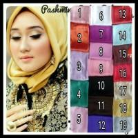 Stock Banyak . . Pashmina Satin Velvet Polos / Jilbab / Hijab ( Hitam,