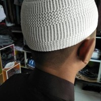 Peci Rajut/Peci Haji/Peci Murah/Peci Polos Warna Putih
