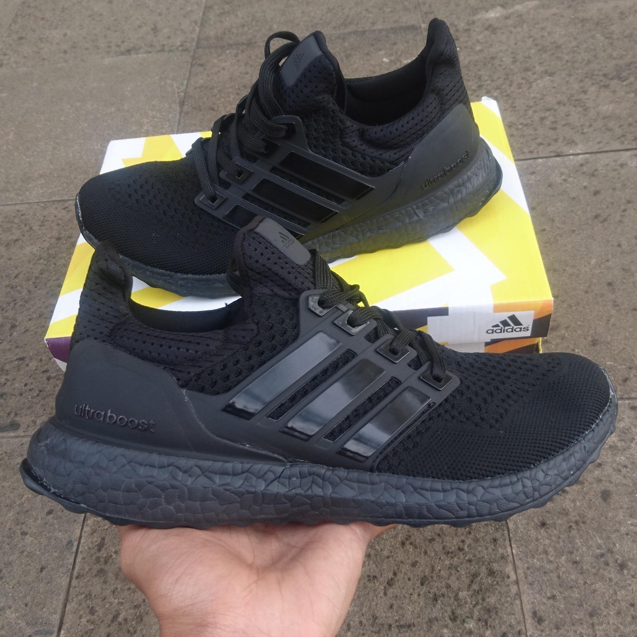 a27e12ceba70e ... sweden sweden adidas ultra boost black harga jual sepatu adidas ultra  boost triple black premium quality