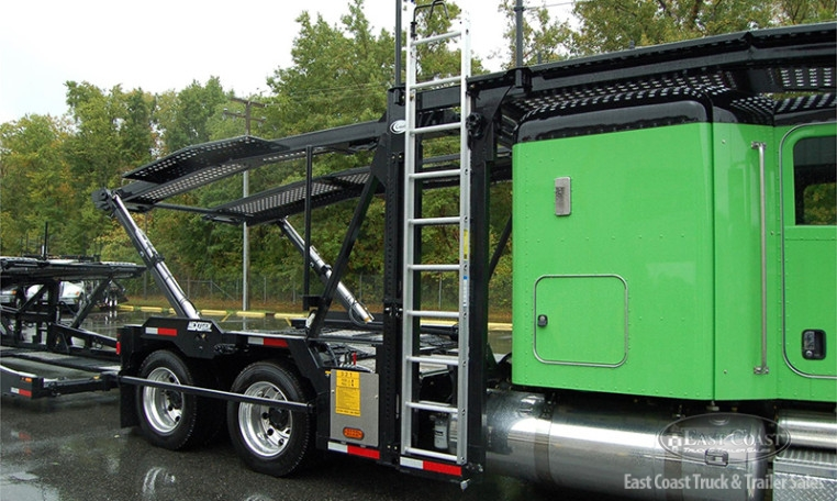 2015 Lime Green Peterbilt 389 Tractor Amp 2015 Black Cottrell Cx 09 Trailer