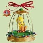 Hallmark Christmas Deck the Halls Looney Tunes Tweety Bird Magic Ornament