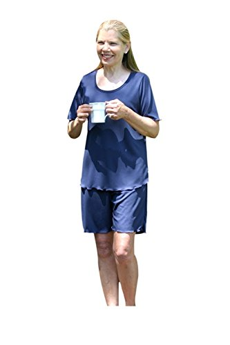 Amy Moisture Wicking Shorts Set