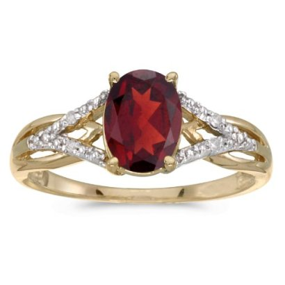 10k-Yellow-Gold-Oval-Garnet-And-Diamond-Ring-Size-105