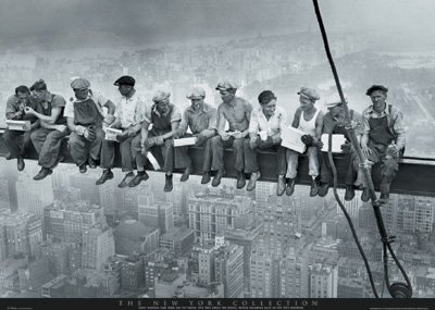 Old photos of construction workers on New York skyscrapers