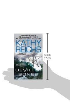 Livres Couvertures de Devil Bones: A Novel.