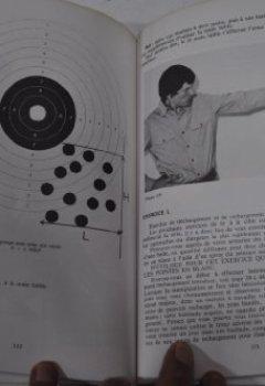 Livres Couvertures de Le Tir de défense : Pratique et entraînement (Sports et loisirs)