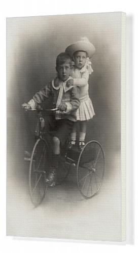 41ljPZBW3iL - Kids riding tricycle