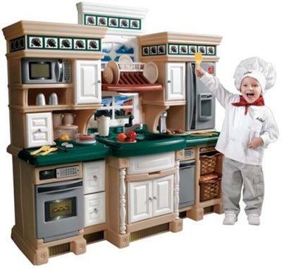 Step2-Step-2-LifeStyle-Deluxe-Kitchen