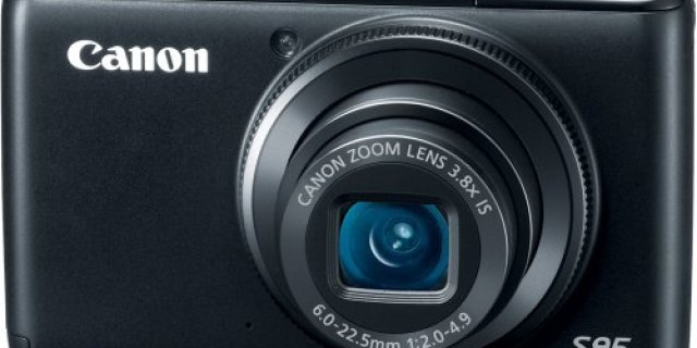 Canon PowerShot S95 10 MP Digital Camera Review