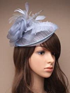 STUNNING SILVER GREY HAIR FASCINATOR - UK - FOR HAIR -WITH HEADBAND - WEDDINGS ACCESSORIES