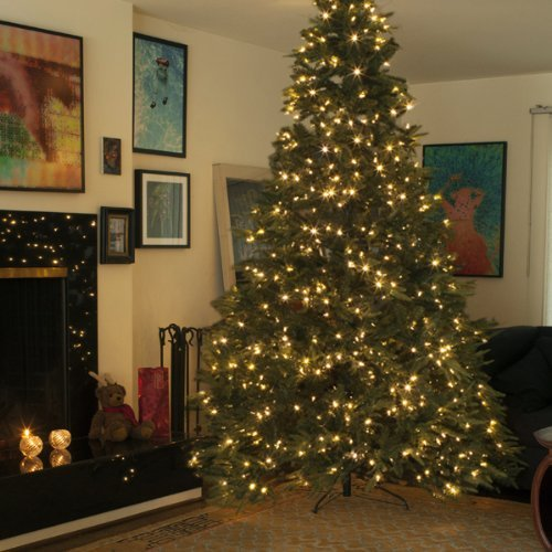 9 Foot Prelit Christmas Tree Comfy Christmas