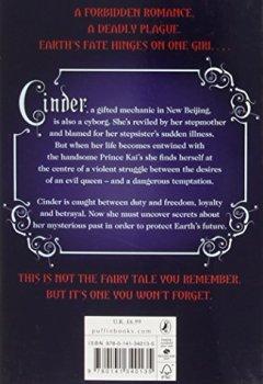 Livres Couvertures de The Lunar Chronicles: Cinder