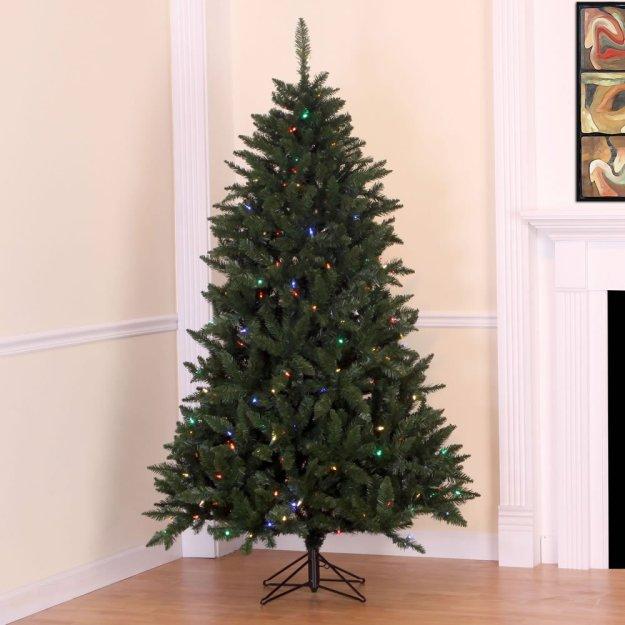 7' x 50 Highland Pine Christmas Tree