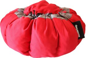 Wonderbag Portable Slow Cooker with Recipe Book Red/Grey