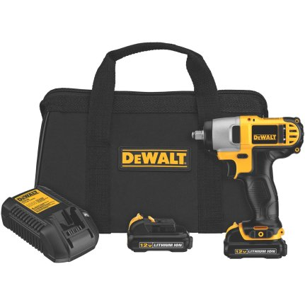 DEWALT DCF813S2 impact wrench kit