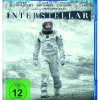 Interstellar / Regie: Christopher Nolan. Darst.: Matthew McConaughey; Anne Hathaway; Jessica Chastain; Michael Caine [u.a.]