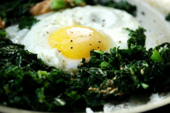 Sunny Side up Egg with Kale Recipe