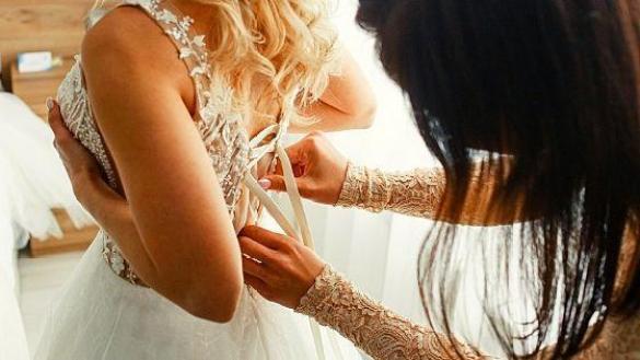 Перед свадьбой.
