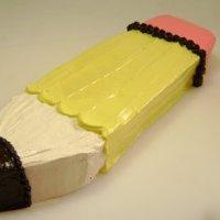Торт на 1 сентября «Карандаш» кремовый