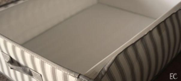 Imagen de una caja blanca vacía