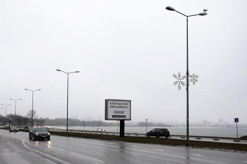 Edasi välireklaam Tallinnas I Foto: Assar Jõepera