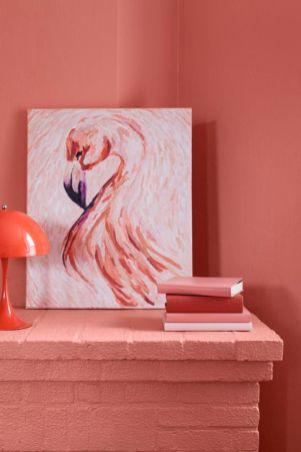 Elav, virsikukarva, mahlakas K319 Flamingo meenutab stiilseid eksootilisi linde.