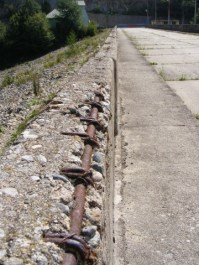 3 - Rinforced-concrete_rusty-iron-bars__DSCF3748-360x480