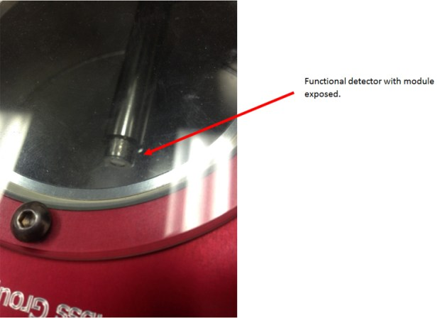 Figure 1: Silicon nitride window detector mounted on ibss asher chamber.