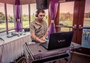 Golf course wedding DJ