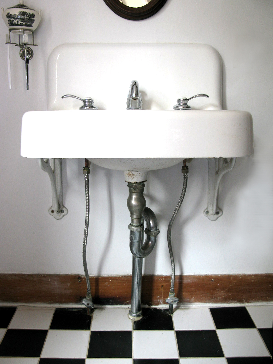 Famous How To Hide Pipes Behind Pedestal Sink Yb05