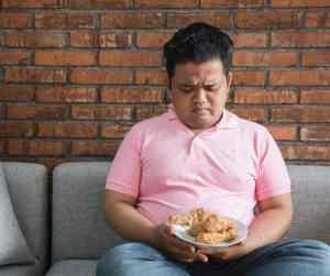 Recognizing Binge Eating Disorder- Binge Eating Symptoms, Causes, and Treatments