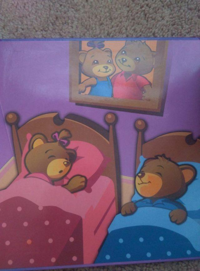 不是每只红衣小熊都是哥哥熊,有的时候要看蝴蝶结