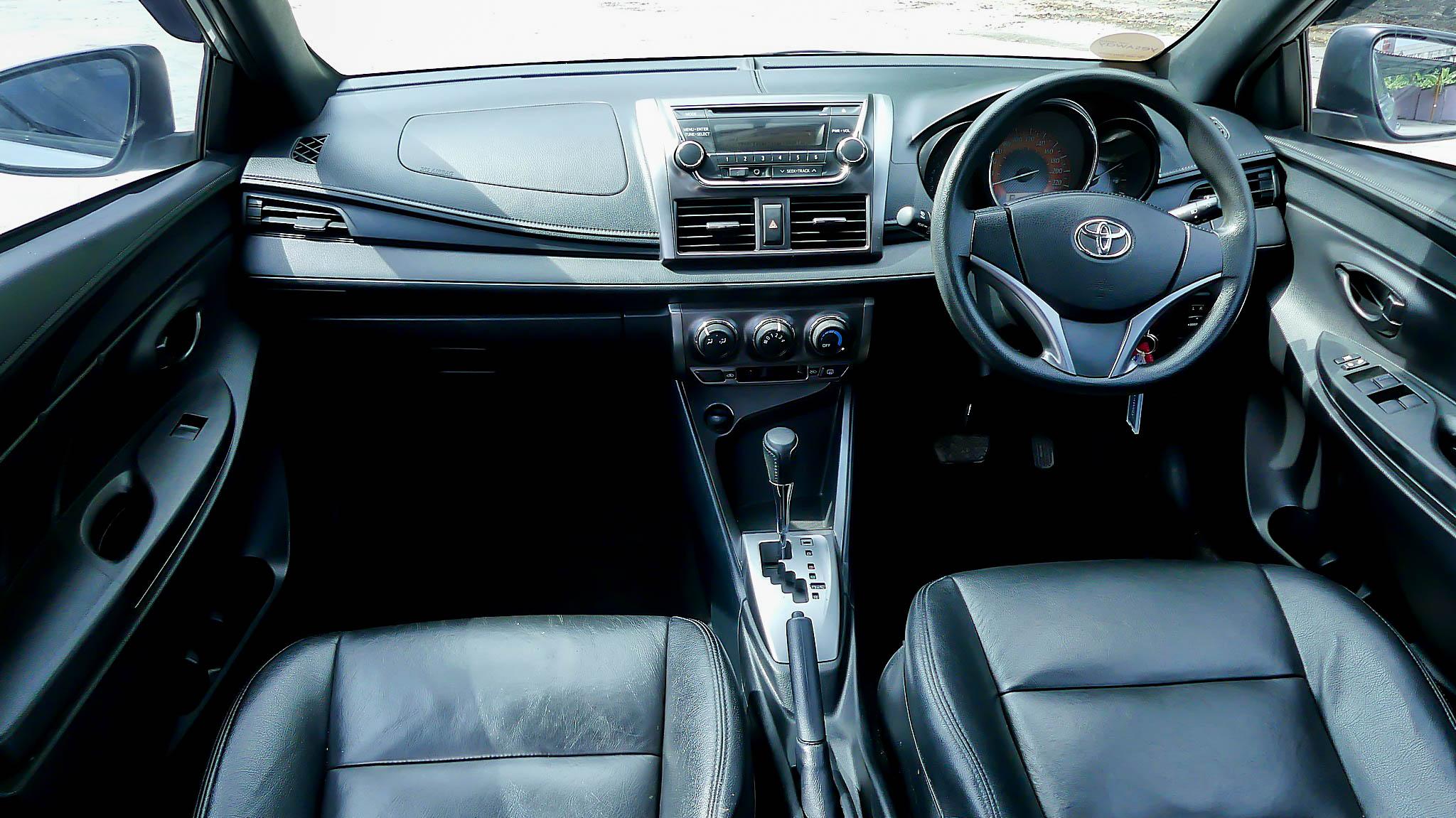 Toyota Yaris 1.2 E / AT 2014